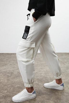 GRIMELANGE DIXIE Kadın Beyaz Beli ve Paçası Lastikli Kargo Cepli Pantolon 1