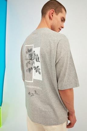 TRENDYOL MAN Gri Erkek Oversize Bisiklet Yaka Baskılı Kısa Kollu T-Shirt TMNSS21TS1223 0