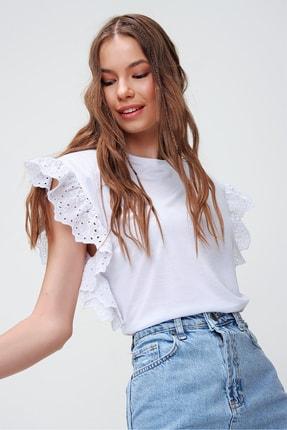 Trend Alaçatı Stili Kadın Beyaz Güpür Kollu Vatkalı Bluz ALC-X5939 2