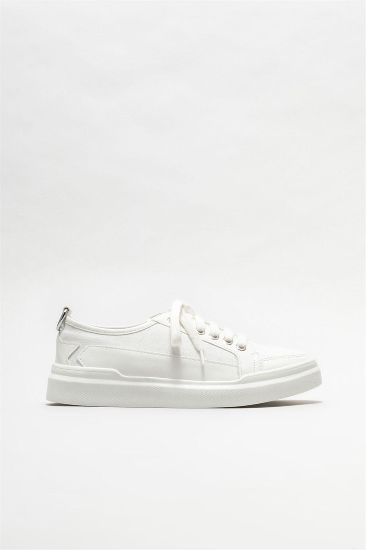 Beyaz Kadın Spor Ayakkabı