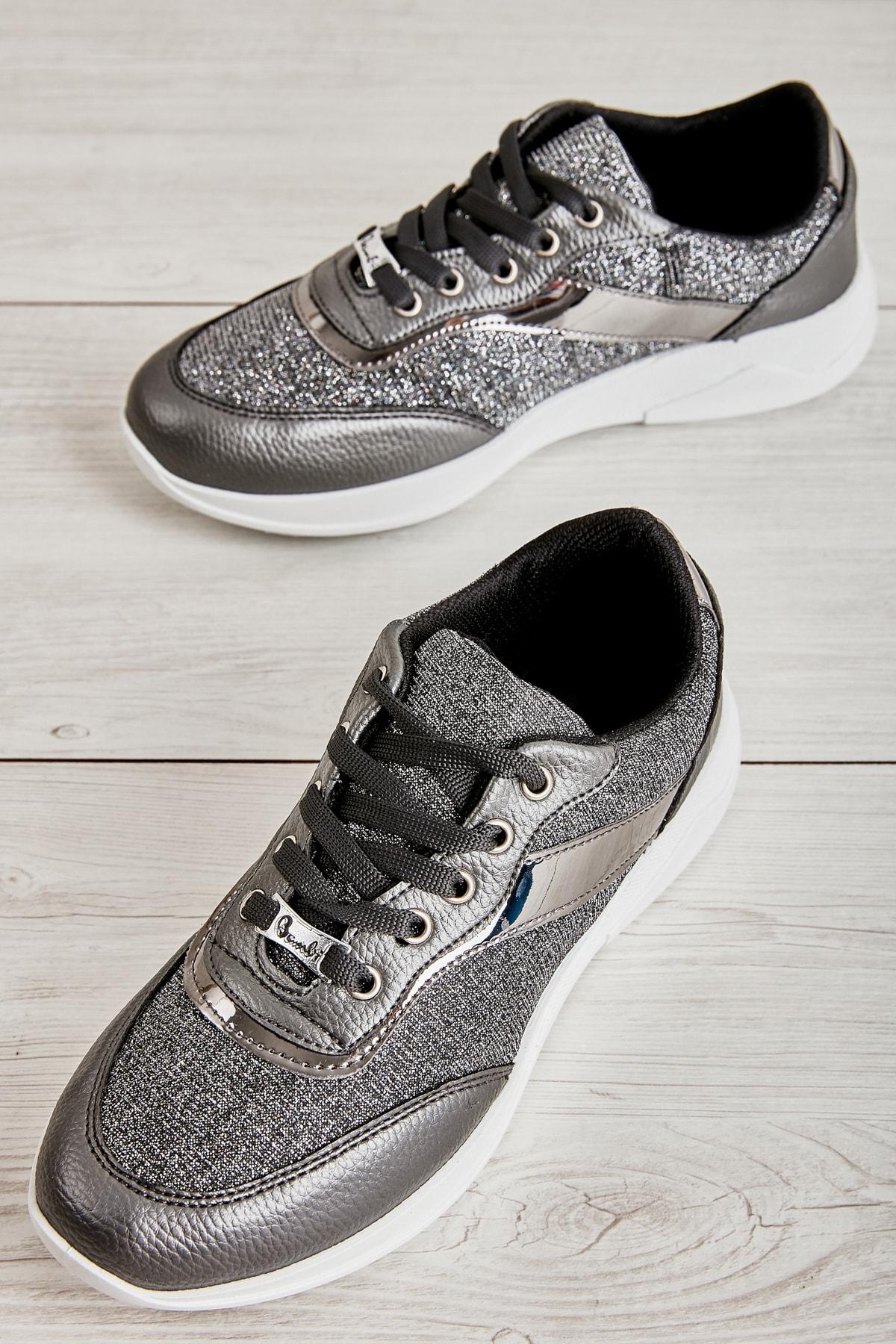 Kurşun Kadın Sneaker K01543777778
