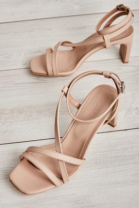 Bambi Ten Kadın Klasik Topuklu Ayakkabı K05575000109 0