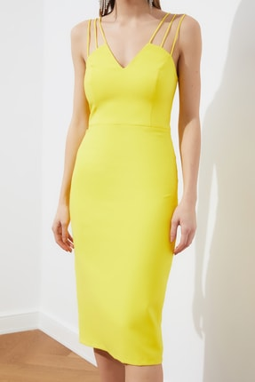 TRENDYOLMİLLA Sarı Omuz Detaylı  Elbise TPRSS21EL1092 3