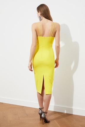 TRENDYOLMİLLA Sarı Omuz Detaylı  Elbise TPRSS21EL1092 4