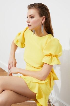 TRENDYOLMİLLA Sarı Sırt Detaylı Elbise TPRSS21EL1435 3