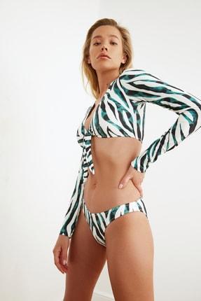 TRENDYOLMİLLA Renkli Zebra Desenli Bağlama Detaylı Bikini Üstü TBESS21BU0103 2
