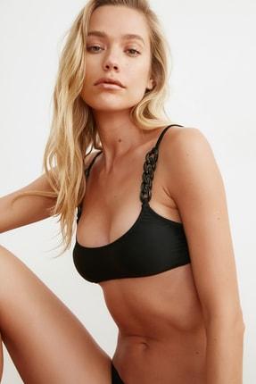 TRENDYOLMİLLA Siyah Zincir Detaylı Bikini Üstü TBESS21BU0082 2