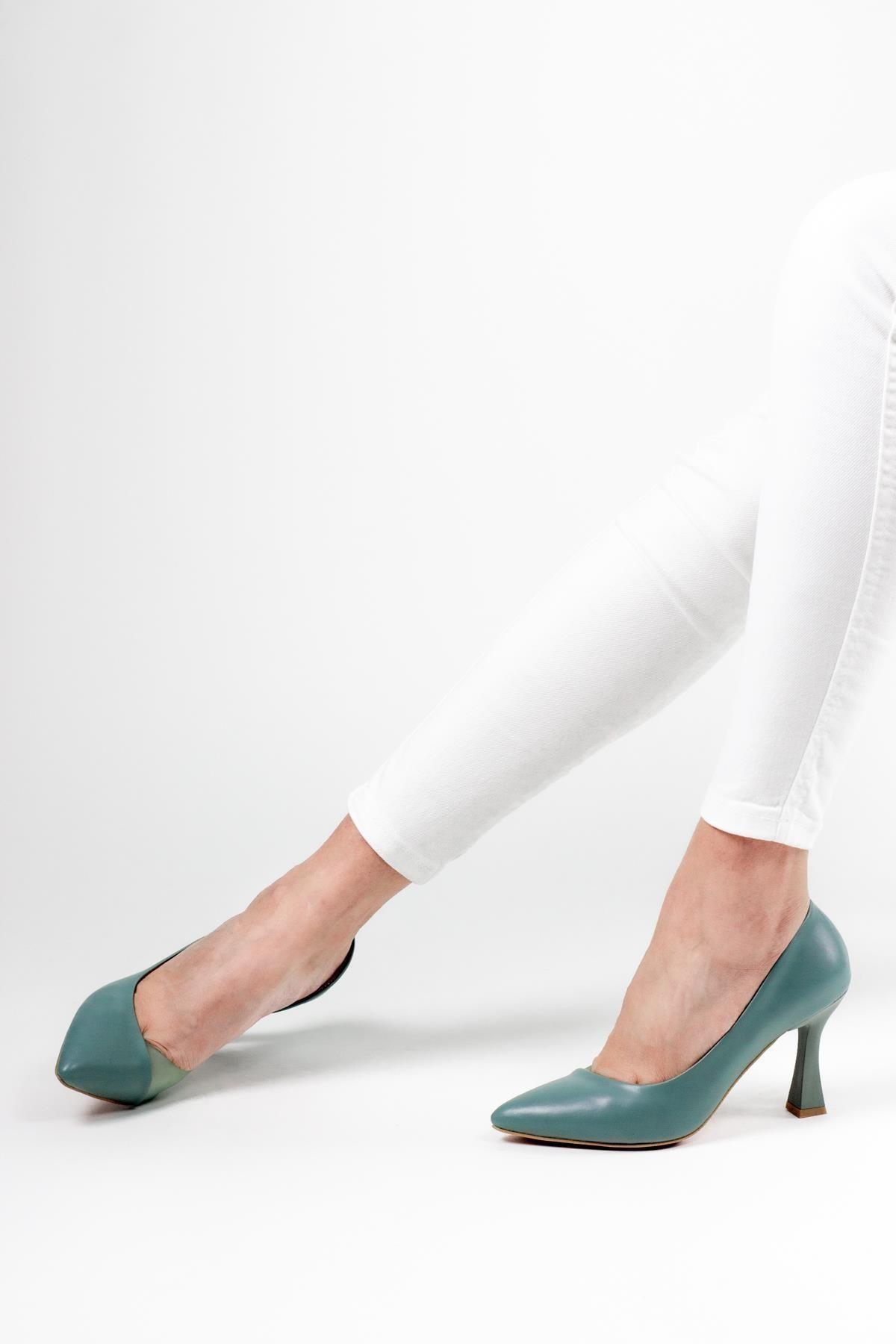 Luna Renkli Şeffaf Detaylı Kadın Topuklu Ayakkabı