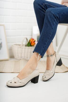 Diego Carlotti Hakiki Deri Bej Kadın Topuklu Günlük Klasik Ayakkabı 3
