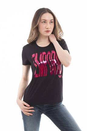 Emporio Armani Kadın  Pamuklu Sırt Logo Yazılı Kısa Kollu T-shirt 1