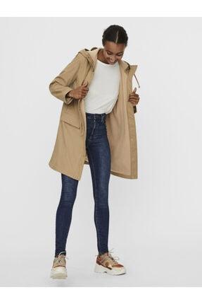 Vero Moda Kadın Bej Kapüşonlu Polarlı Yağmurluk Mont 10238956 3