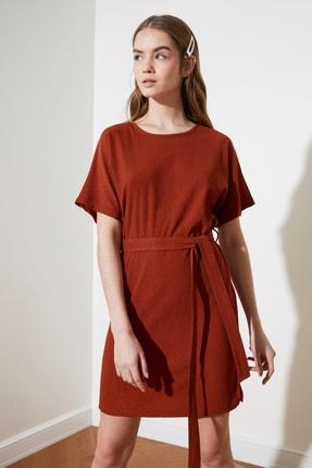 TRENDYOLMİLLA Kiremit Bağlama Detaylı Örme Elbise TWOSS21EL2015 1