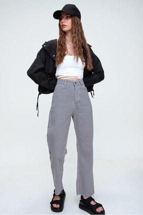 Trend Alaçatı Stili Kadın Duman Gri Beş Cepli Paçası Dikişsiz Yüksek Bel Jeans ALC-X5961 3