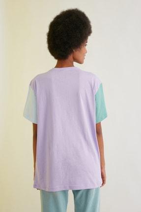 TRENDYOLMİLLA Lila Nakışlı Boyfriend Örme T-Shirt TWOSS21TS0141 4