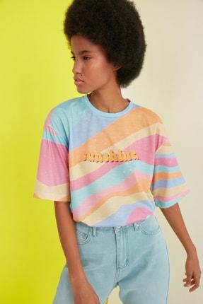 TRENDYOLMİLLA Çok Renkli Loose Örme T-Shirt TWOSS21TS0910 0