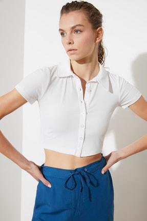 TRENDYOLMİLLA Beyaz Polo Yaka Fitilli Örme Bluz TWOSS21BZ1142 1