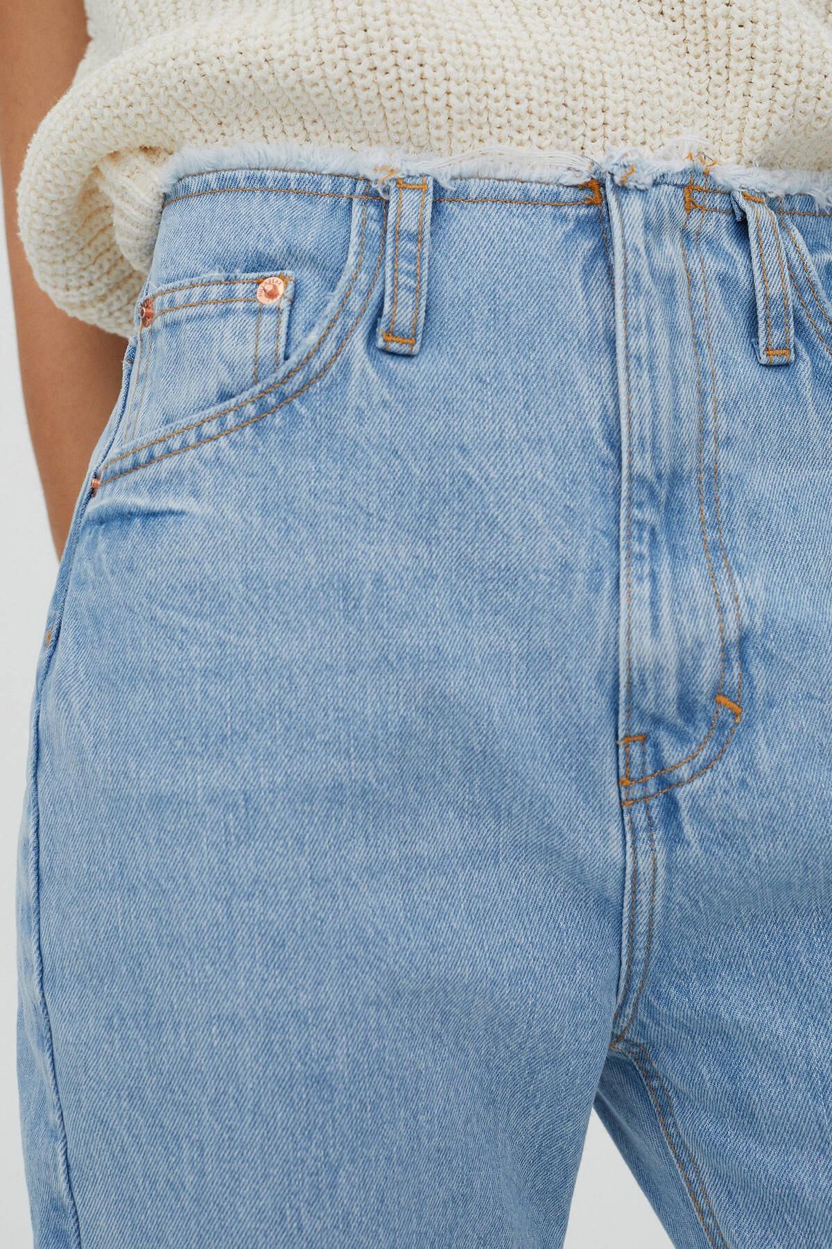 Pull & Bear Kadın Mavi Distressed Bel İspanyol Paça Jean 04681335 1