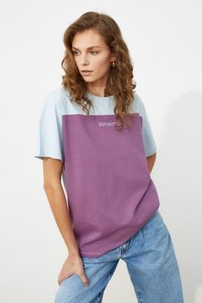 TRENDYOLMİLLA Açık Mavi Baskılı Boyfriend Örme T-Shirt TWOSS21TS0061 1