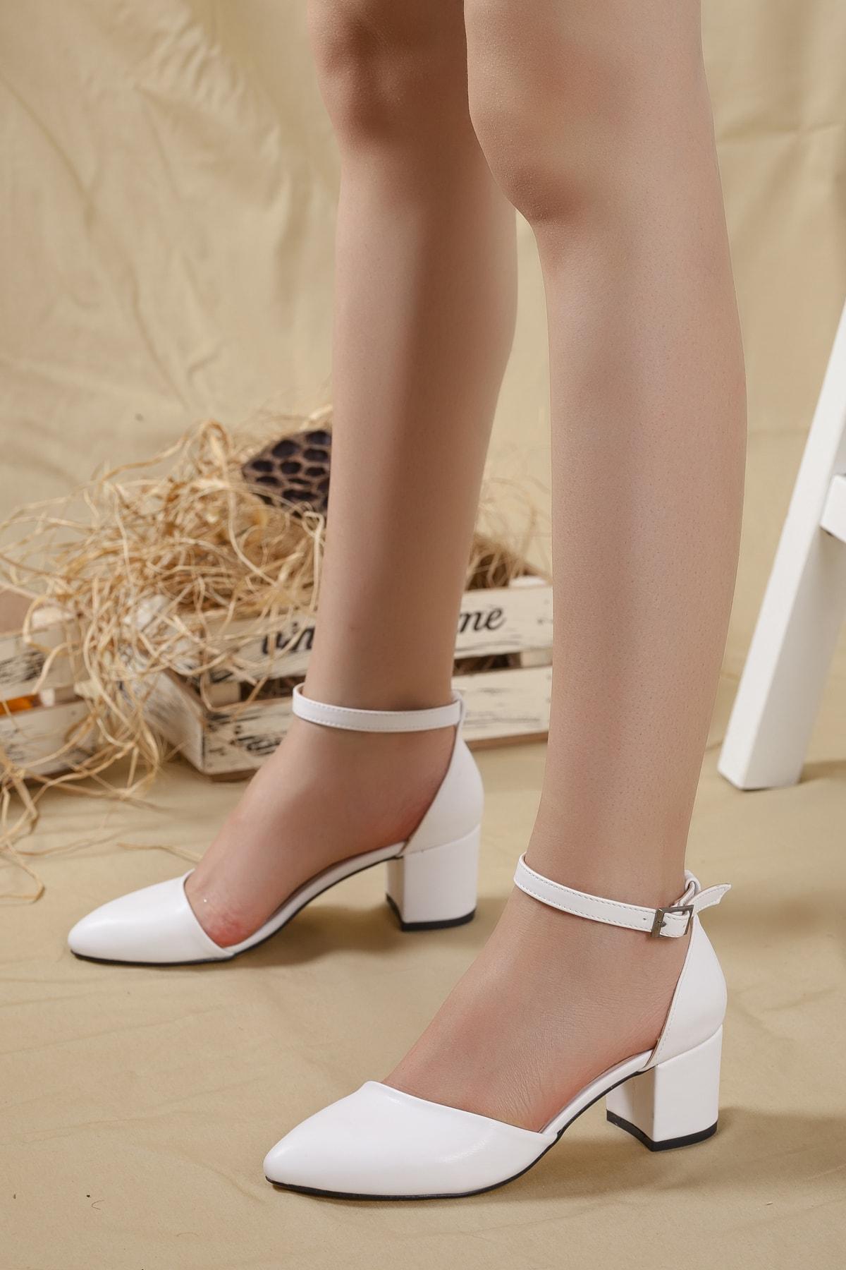 Kadın Beyaz-cilt Karnı Yarık Bilekten Bantlı Topuklu Ayakkabı ...