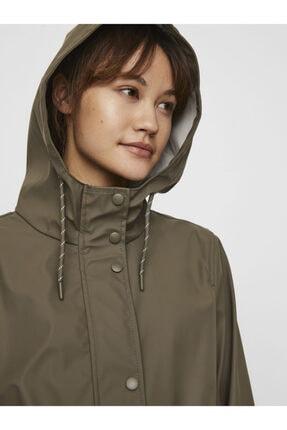 Vero Moda Kadın Haki Kapüşonlu Belden Büzülebilir Yağmurluk Mont 10244841 4