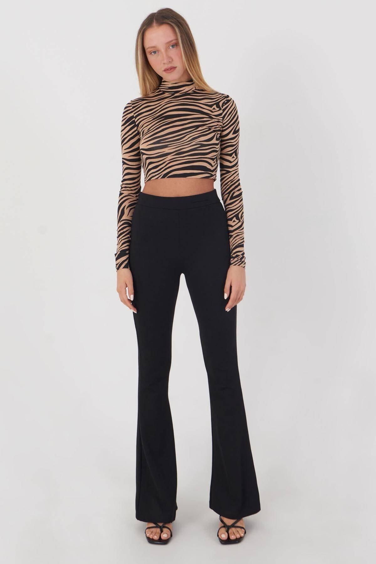 Addax Kadın Kahve Siyah Zebra Desenli Bluz P1083 - Y3W2 Adx-0000023310 1