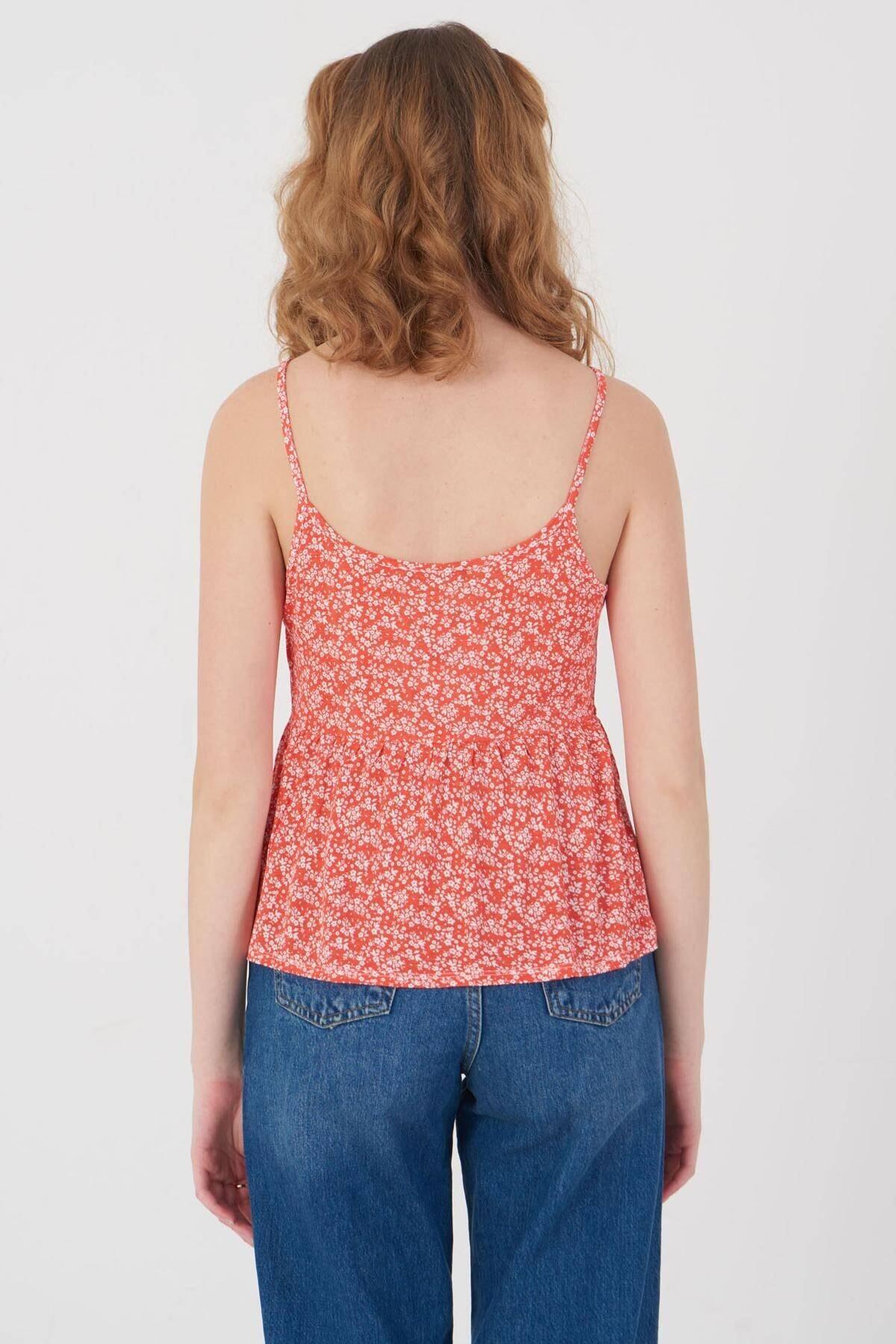 Addax Kadın Kırmızı Çiçek Desenli Bluz Çiç B12242 Adx-0000023925 4