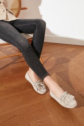 TRENDYOLMİLLA Bej Hakiki Deri Püsküllü Kadın Loafer Ayakkabı TAKSS21LA0001 0
