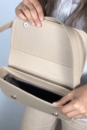 LinaConcept Kadın Vizon Kapaklı Baget Çanta 4