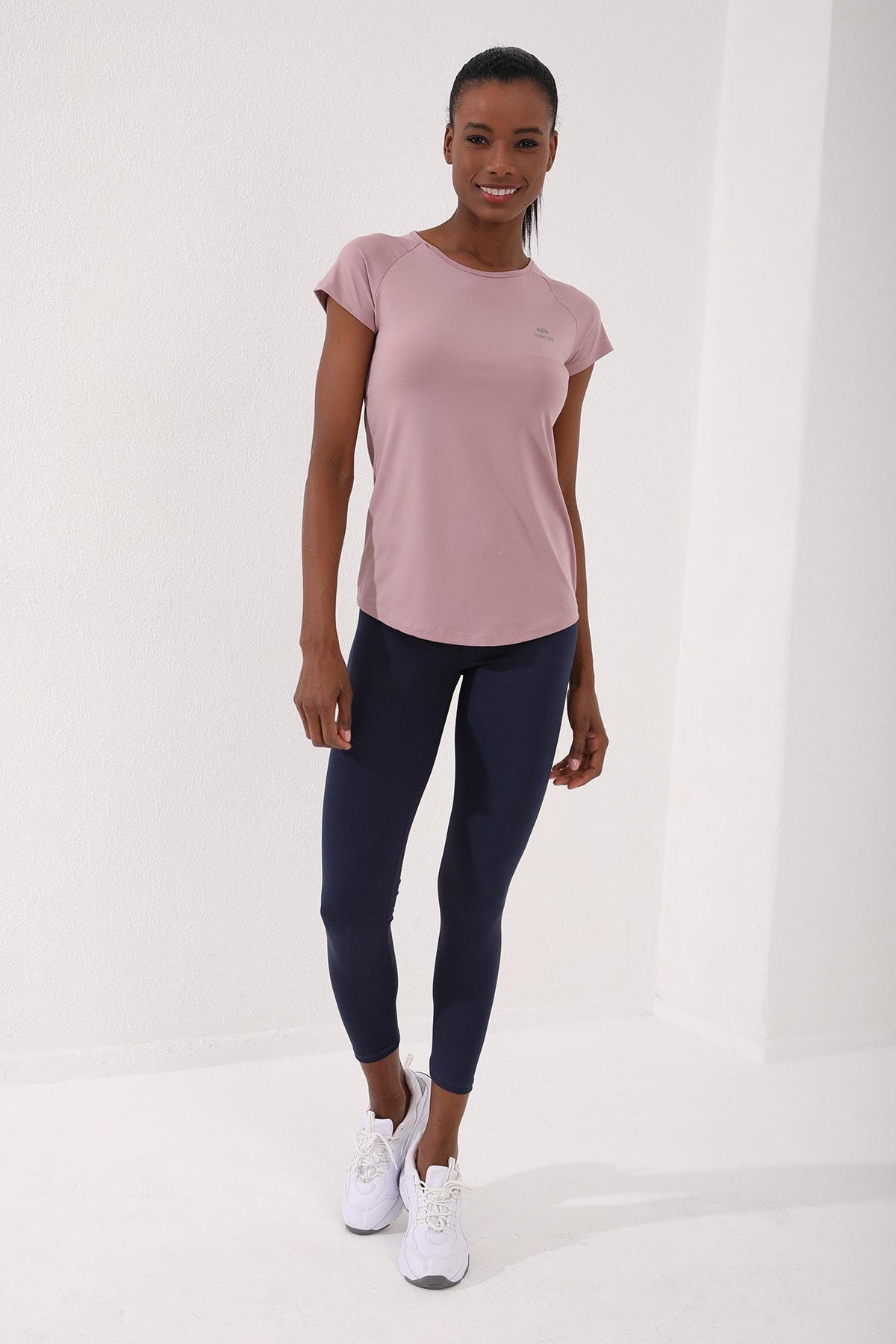 Gül Kurusu Kadın Sırt Pencereli Kısa Kol Standart Kalıp O Yaka T-shirt - 97101