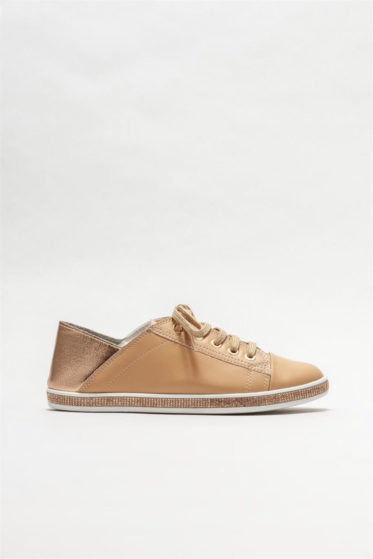 Kadın Natürel Renk Düz Ayakkabı