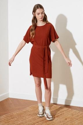 TRENDYOLMİLLA Kiremit Bağlama Detaylı Örme Elbise TWOSS21EL2015 0