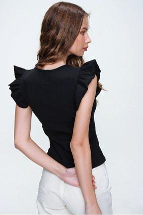 Trend Alaçatı Stili Kadın Siyah Metal Aksesuarlı Kolu Fırfırlı Kaşkorse Bluz ALC-X5978 4
