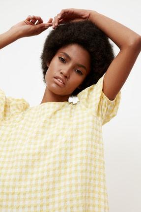 TRENDYOLMİLLA Sarı Kareli Balon Kollu Elbise TWOSS21EL1570 3