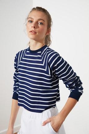 TRENDYOLMİLLA Lacivert Crop Örme  Sweatshirt TWOSS21SW0145 2