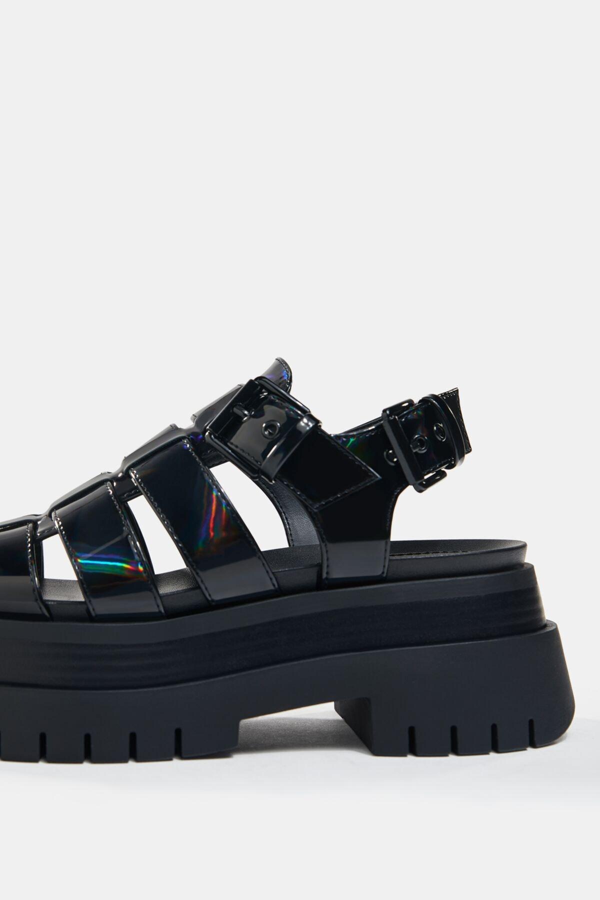 Bershka Kadın Siyah Yanardöner Platform Bantlı Sandalet 4