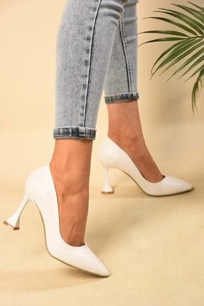 Kadin Beyaz Cilt Klasik Topuklu Ayakkabi BKC1351