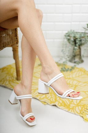 meyra'nın ayakkabıları Beyaz Çift Bantlı Topuklu Terlik 1