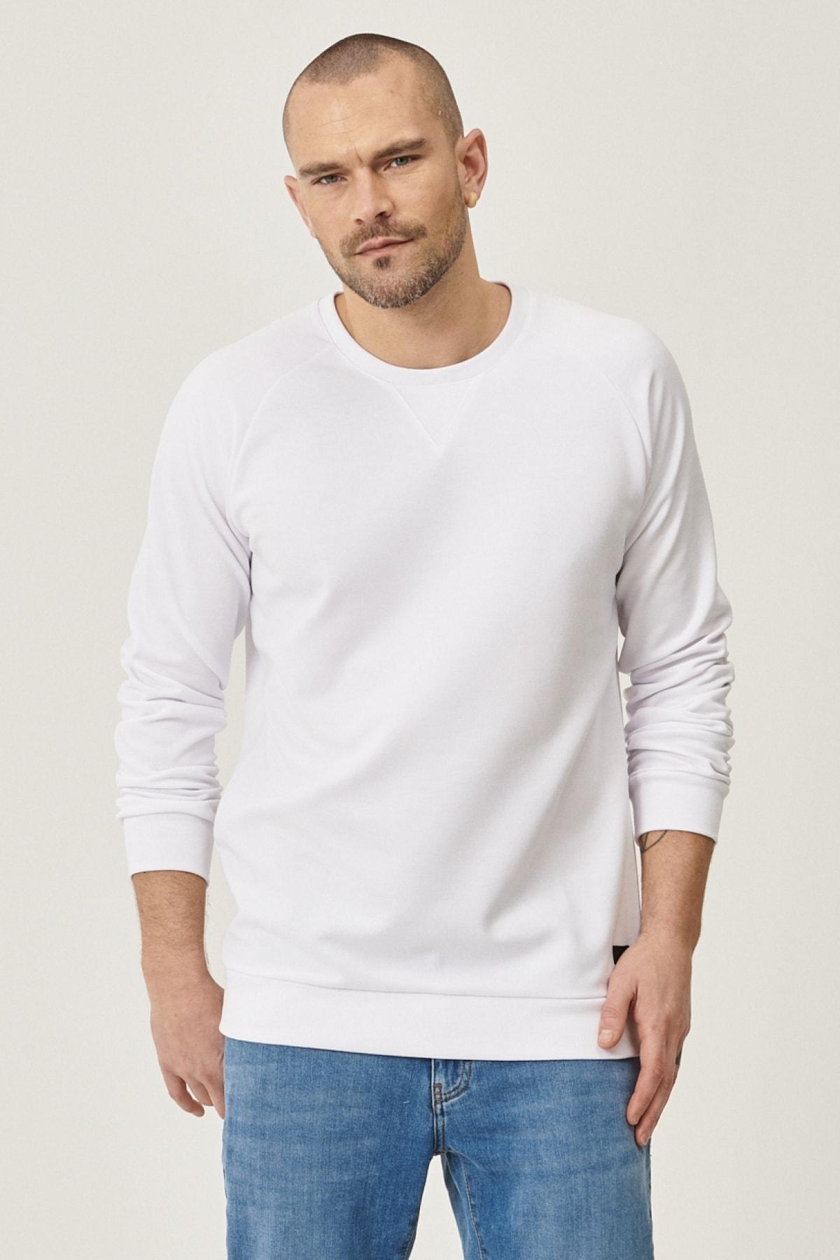 Erkek Beyaz Standart Fit Günlük Rahat Bisiklet Yaka Spor Sweatshirt