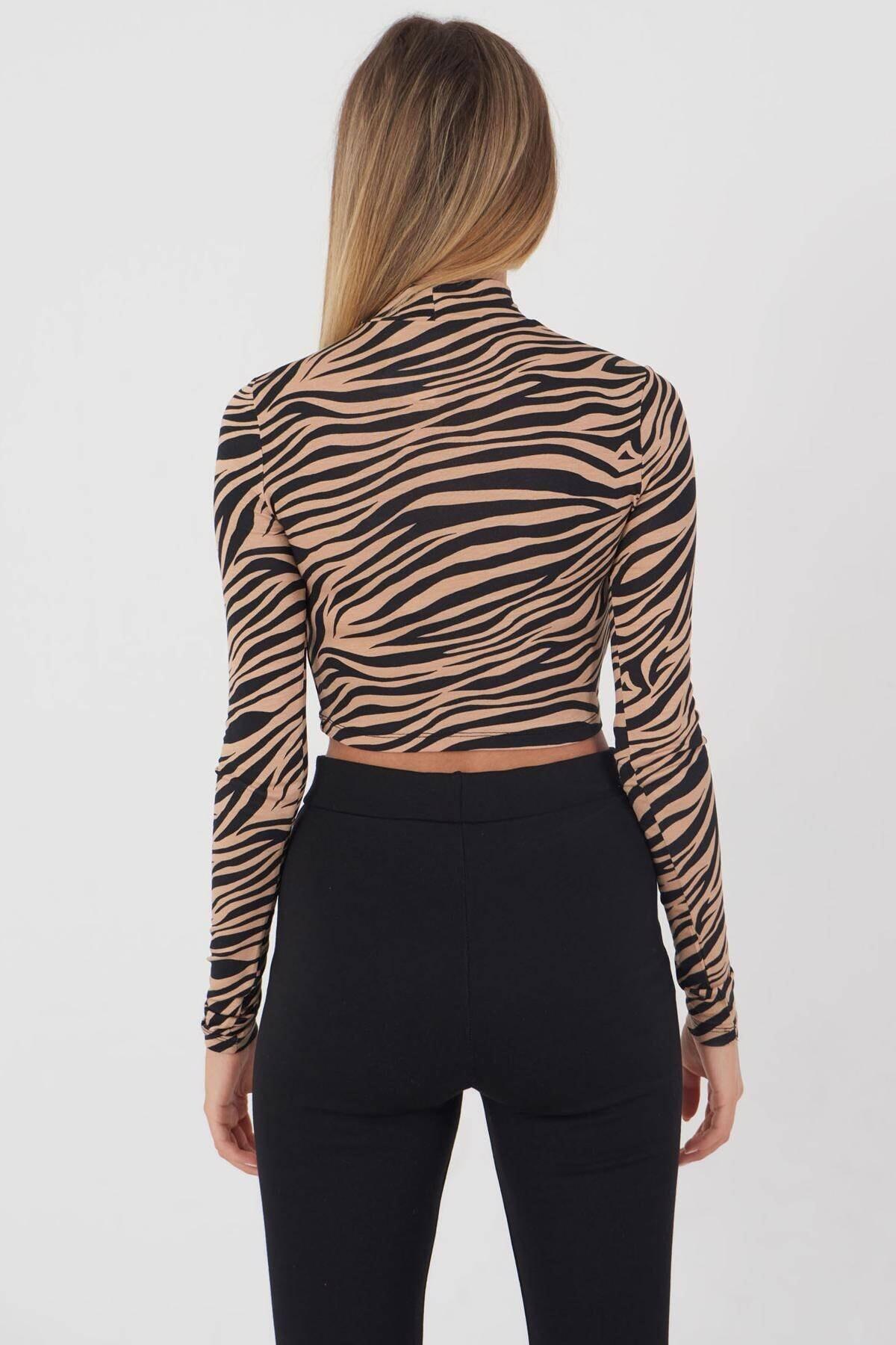 Addax Kadın Kahve Siyah Zebra Desenli Bluz P1083 - Y3W2 Adx-0000023310 4