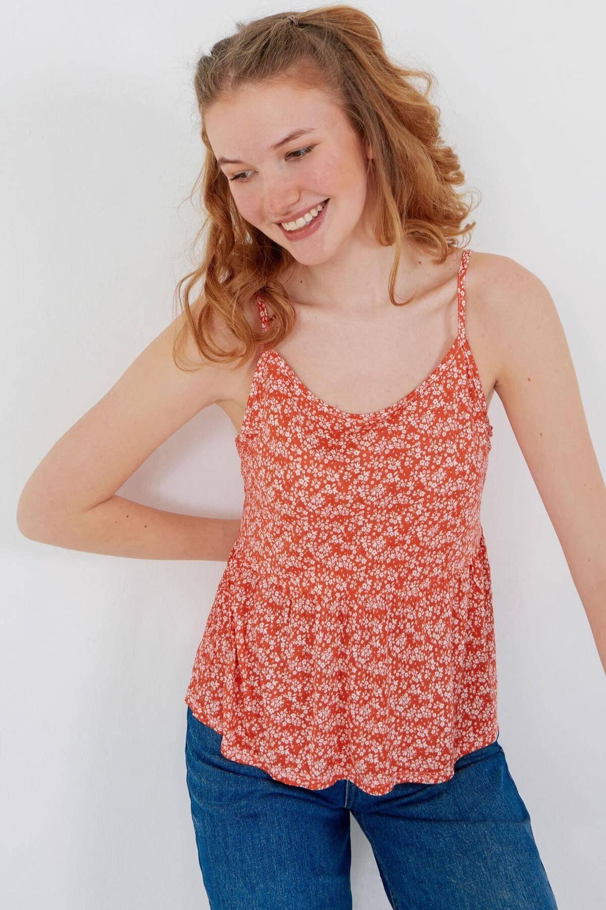 Addax Kadın Kırmızı Çiçek Desenli Bluz Çiç B12242 Adx-0000023925 0