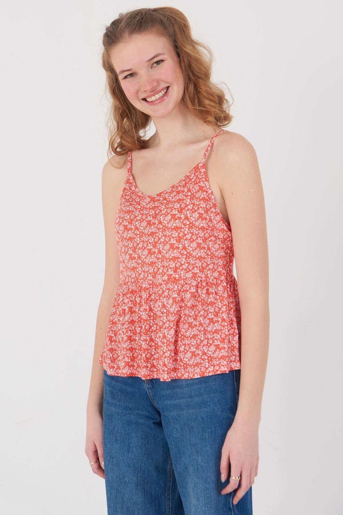 Addax Kadın Kırmızı Çiçek Desenli Bluz Çiç B12242 Adx-0000023925 3