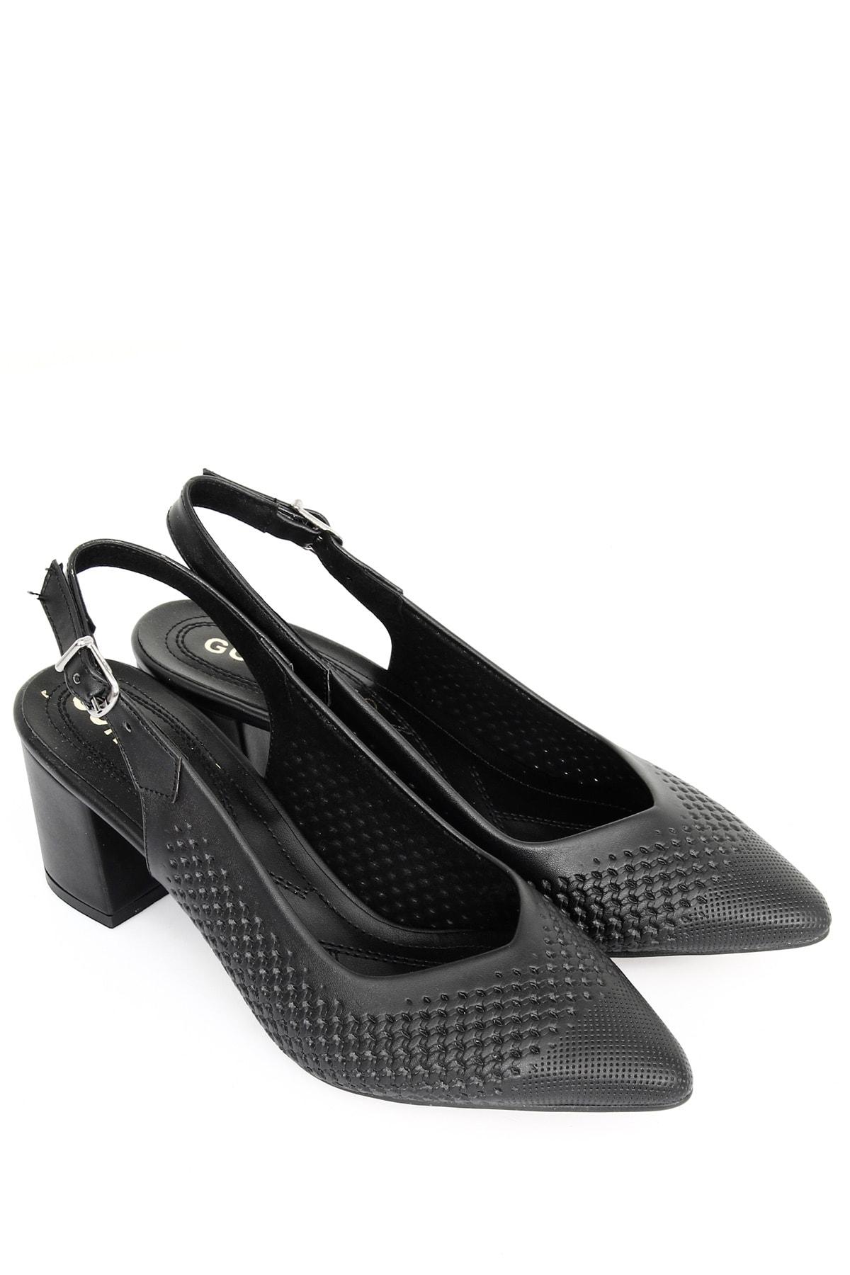 Siyah Kadın Klasik Topuklu Ayakkabı 39120