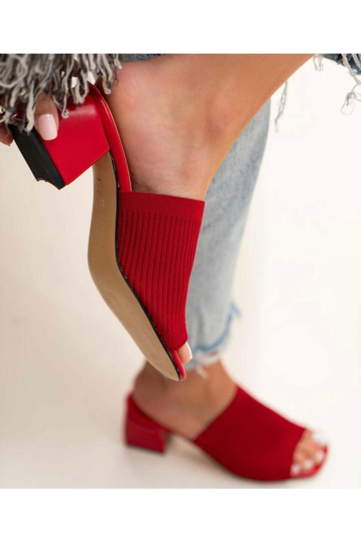 Kadın Kırmızı Topuklu Triko Terlik