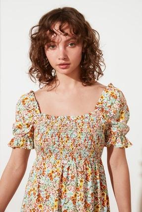 TRENDYOLMİLLA Ekru Petite Çiçekli Elbise TWOSS21EL2923 2