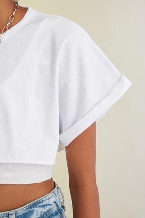 TRENDYOLMİLLA Beyaz Süper Crop Örme T-Shirt TWOSS21TS0091 3