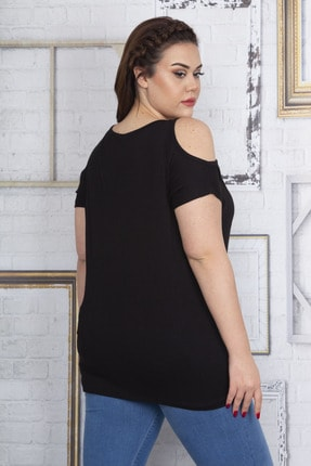 Şans Kadın Siyah Ön Nakış Detaylı Omuz Dekolteli Bluz 65N22720 2
