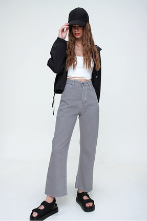 Trend Alaçatı Stili Kadın Duman Gri Beş Cepli Paçası Dikişsiz Yüksek Bel Jeans ALC-X5961 1