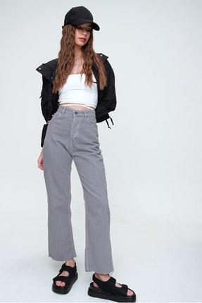 Trend Alaçatı Stili Kadın Duman Gri Beş Cepli Paçası Dikişsiz Yüksek Bel Jeans ALC-X5961 2