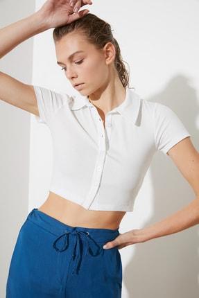 TRENDYOLMİLLA Beyaz Polo Yaka Fitilli Örme Bluz TWOSS21BZ1142 3