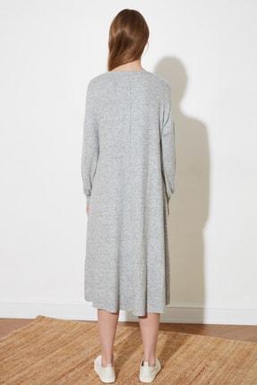 TRENDYOLMİLLA Gri Fake Triko Maxi Örme Elbise TWOAW21EL1685 4
